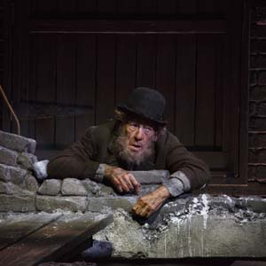 Estragon (Ian McKellen) in Waiting for Godot