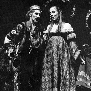 1974, DR FAUSTUS: Dr Faustus (Ian McKellen) with Duchess of Vanholt (Jean Gilpin)  - Photo by Donald Cooper