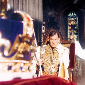 1995, RICHARD III: Richard, Coronation Scene  - Photo by Alex Bailey