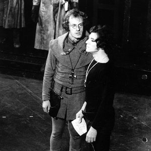 1971, HAMLET: On stage