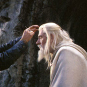 2003, THE LORD OF THE RINGS: RETURN OF THE KING: Touch-up