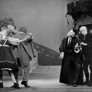 1959, LOVE'S LABOURS: Dig it! -- Ada Moth (Elizabeth Proud), Armado (Richard Cottrell), Holofernes (Ian McKellen) and Nathaniel (Michael Burrell)