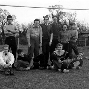 1961,   Cambridge: Richard Turnbull, Geoff Gilbert, Mike Burrell, Trevor Nunn, Tom Vernon, Ian McKellen, Frank Becchofer, Corin Redgrave, Unidentified, Peter Hall, Nigel Brown