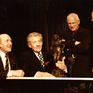 2006,   Lyceum Theatre, London,13  February 2006, with Ron Moody, statue of Henry Irving, Steven Berkoff, and Sir Donald Sinden for unveiling of historic plaque