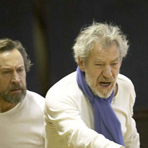 2007, KING LEAR (2007): L-R Jonathan Hyde (Kent) and Ian McKellen (Lear), in rehearsal  - Photo by Manuel Harlan