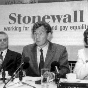 12 January 1994<br>Its Time For a Change: Sir Ian McKellen, founder member of Stonewall Group, and MPs Edwina Currie and Robert Maclennan, unveil their Criminal Justice Bill amendment to equalise the gay age of consent.