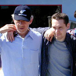2000, X-MEN: With director Bryan Singer and James Marsden (Cyclops), Universal Studios, April 2000  - Photo by Keith Stern